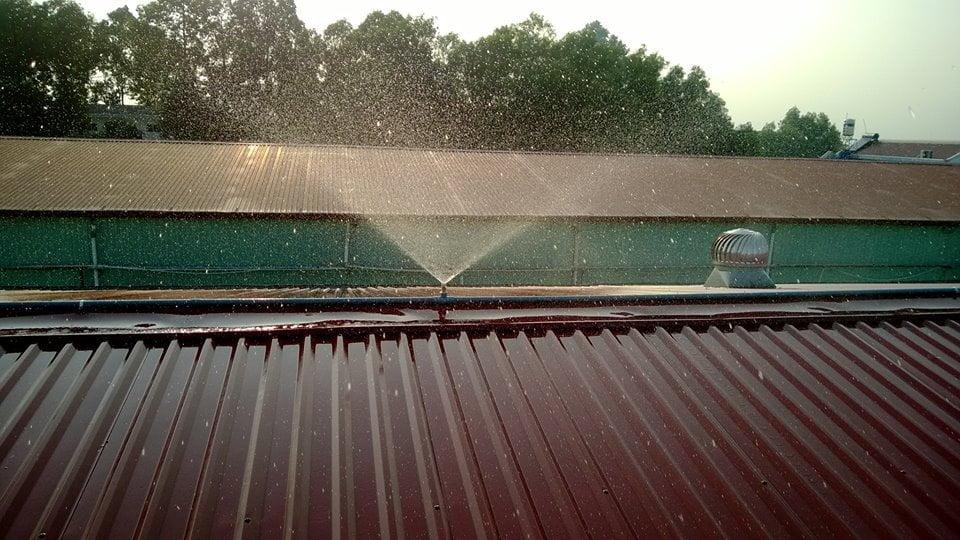 Lắp đặt hệ thống phun nước làm mát mái tôn cho nhà xưởng